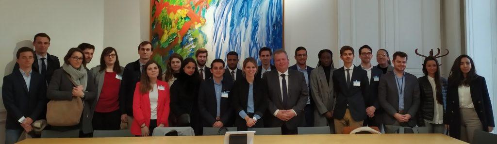 Rencontre des étudiants du Concours du Lobbying avec la marraine, Marie Lebec et Jean-Baptiste Moreau, à l'Assemblée nationale